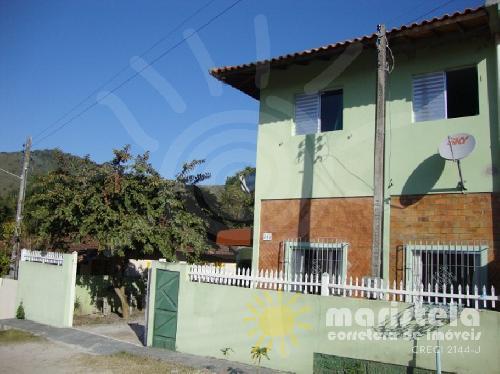 Casa com piscina na Vila de Palmas.